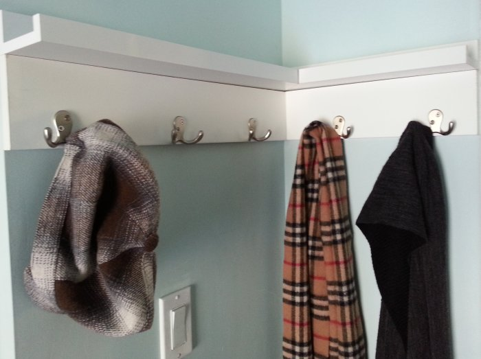 DIY cheap front entrance coat rack